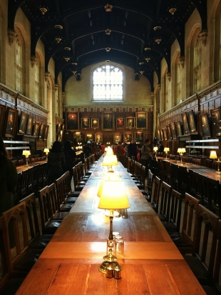 great-hall-harry-potter-inspired-oxford.jpg